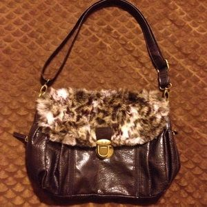 BUENO brown purse with faux fur
